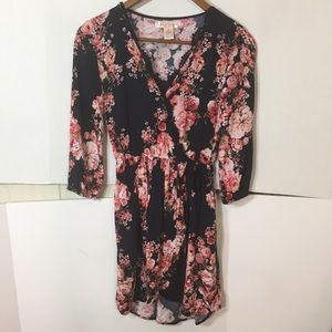 Band of Gypsies Faux Wrap Floral Tunic Top Size XS